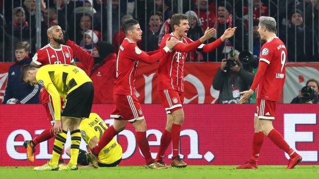 Bayern München Programm Echt Kompakt 2014//15 Borussia Dortmund